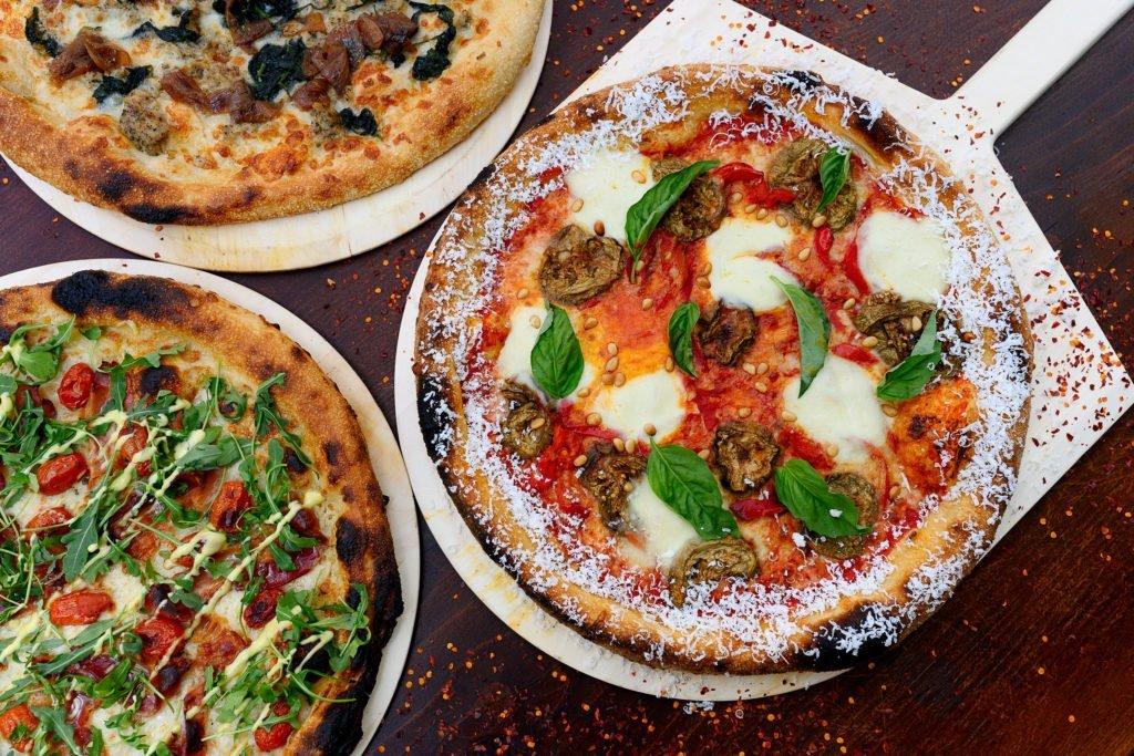 Vinho + Pizza = Melhor Combo!! A Tra Vigne Pizzeria em Napa Oferece a Melhor Pizza & Pasta do Vale!! 7